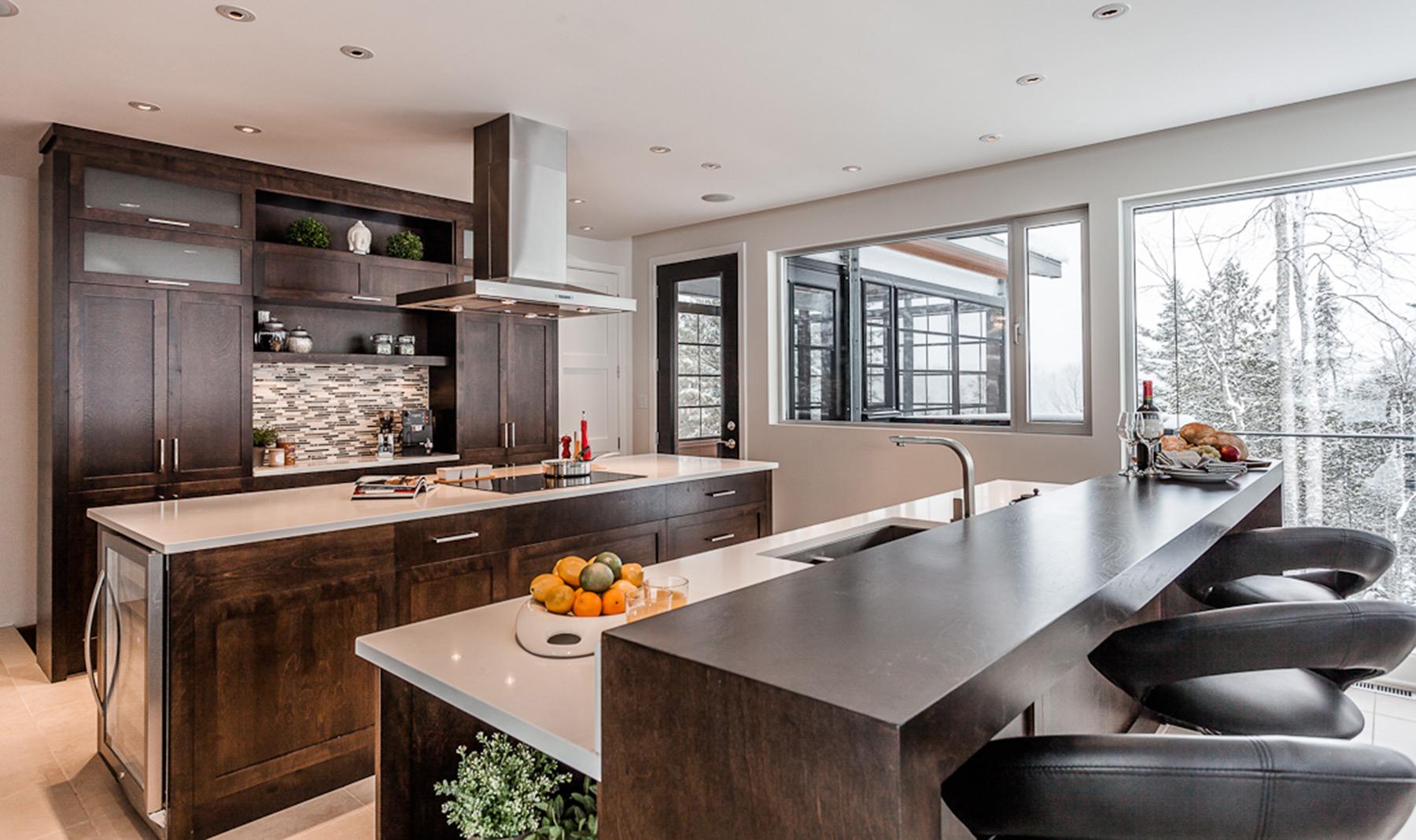 cuisine contemporaine en bois et comptoir de quartz armodec. Black Bedroom Furniture Sets. Home Design Ideas