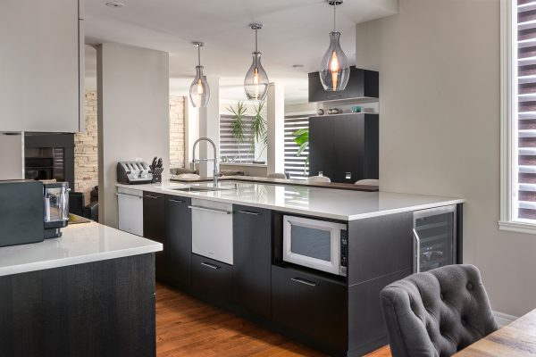 Armodec Kitchen Contrast and beautiful materials