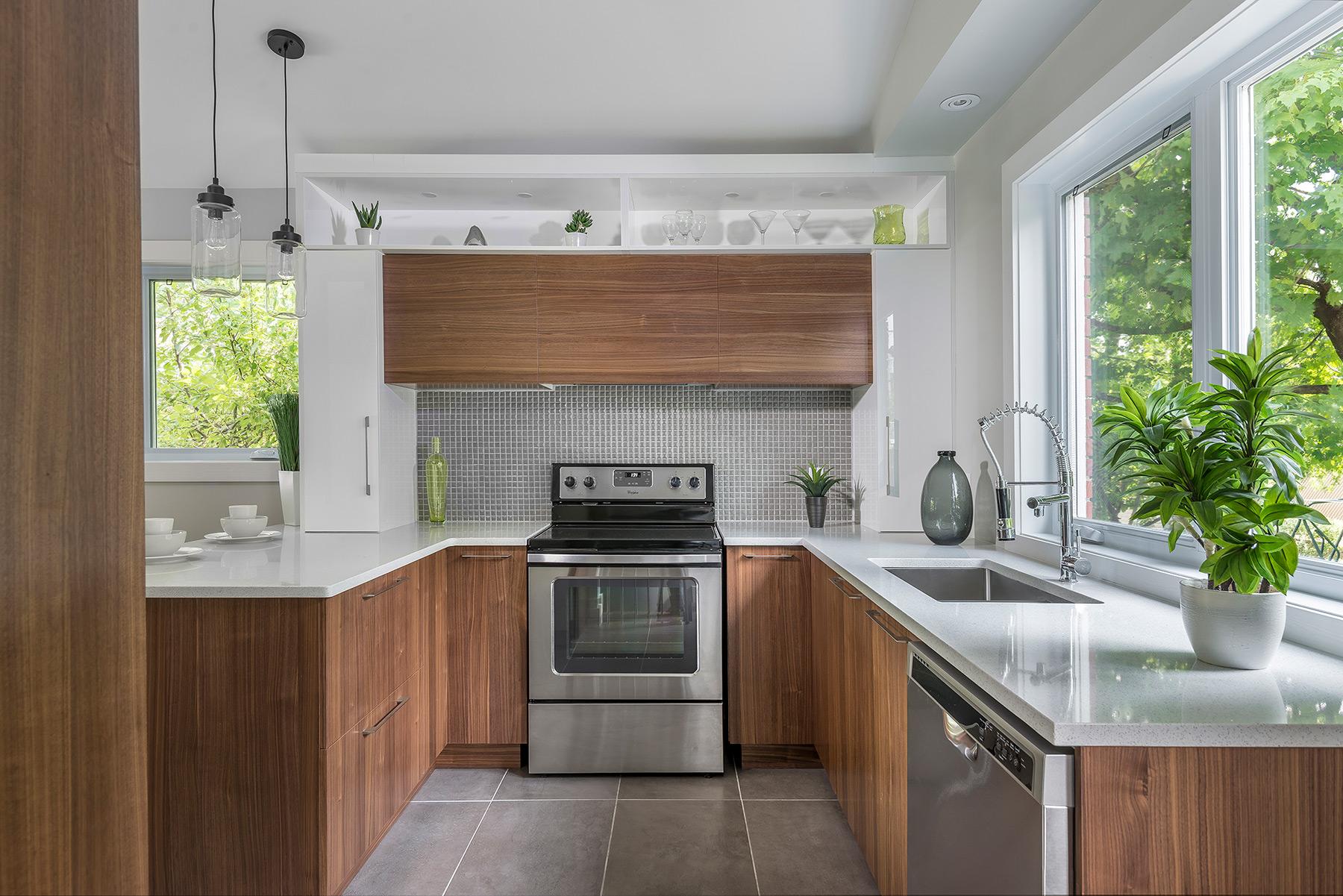 Cuisine Pour Petit Espace Contemporaine petite cuisine moderne en mélamine et comptoir de quartz laval