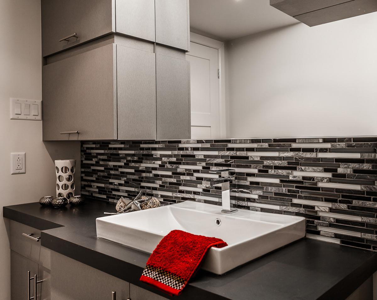 Salle de bain Moderne en gris   Armodec Salle de bain Laval