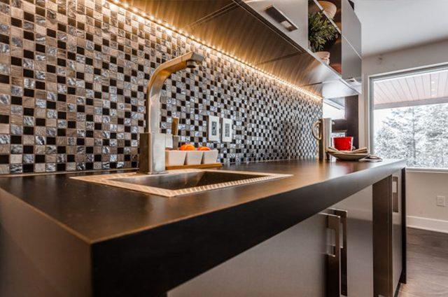 <span class='header-title'>Armoires et comptoirs de cuisine et salles de bain</span>Nos produits
