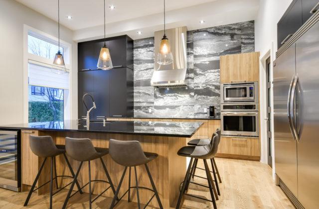 Warm and intimate modern kitchen
